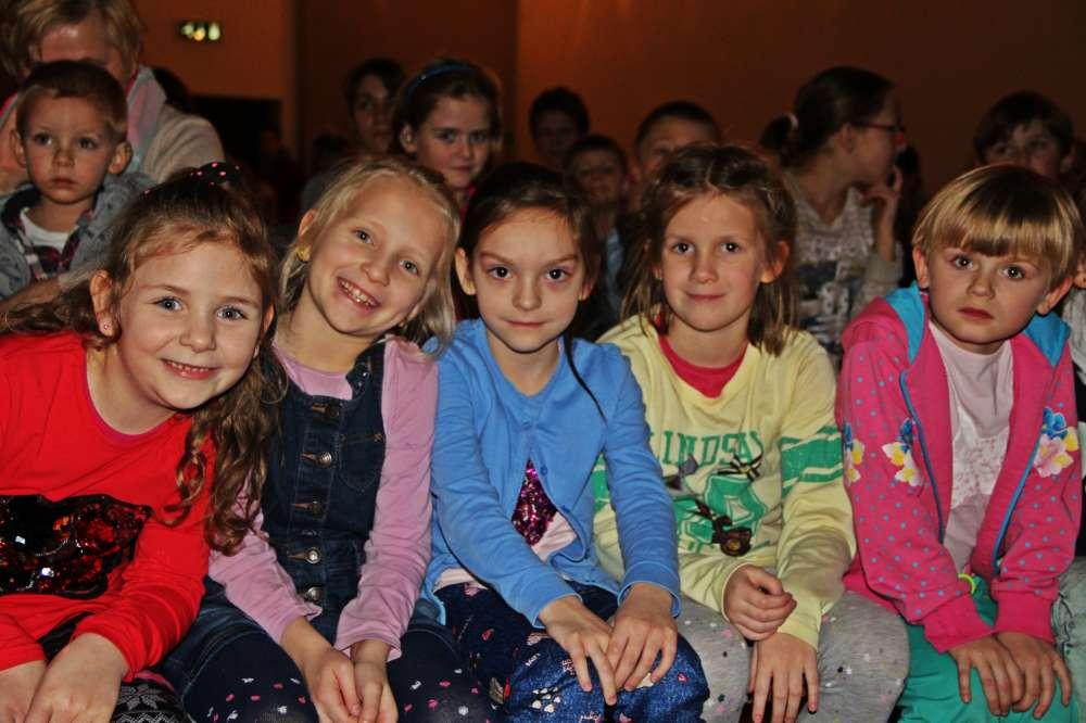 Domyślna_stara, Grzeczne dzieci - zdjęcie, fotografia