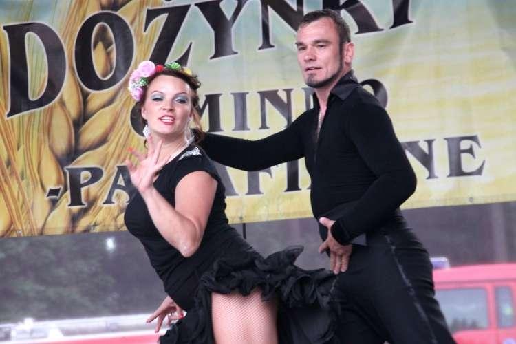 Informacje, Taniec bogatszy miłość - zdjęcie, fotografia