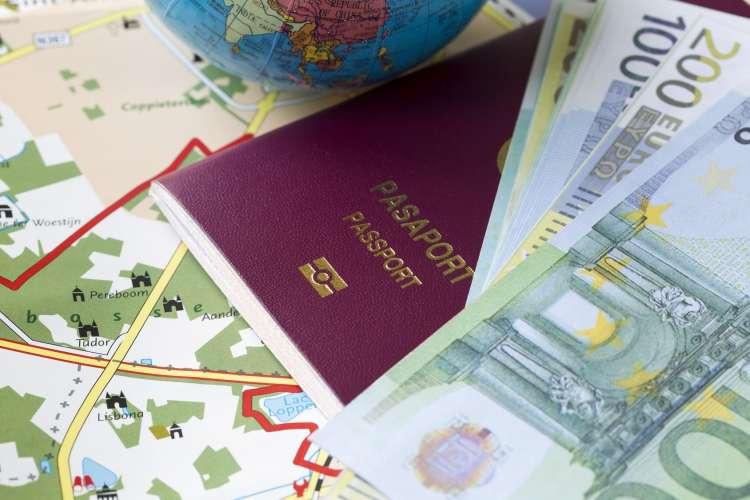 USUNIĘTE Informacje, Szybka pożyczka gotówkowa osoby przebywającej granicą - zdjęcie, fotografia
