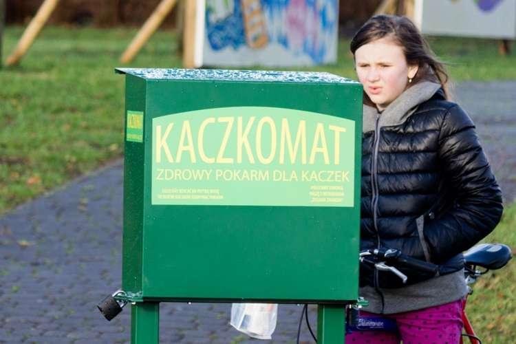 USUNIĘTE Informacje, Kaczkomat karma niekoniecznie - zdjęcie, fotografia