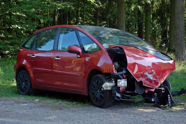 Wypadki drogowe, Wypadek skrzyżowaniu drogi wojewódzkiej numer [Aktualizacja] - zdjęcie, fotografia