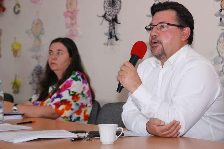 Samorządowcy, Radni obniżyli wynagrodzenia burmistrzowi - zdjęcie, fotografia