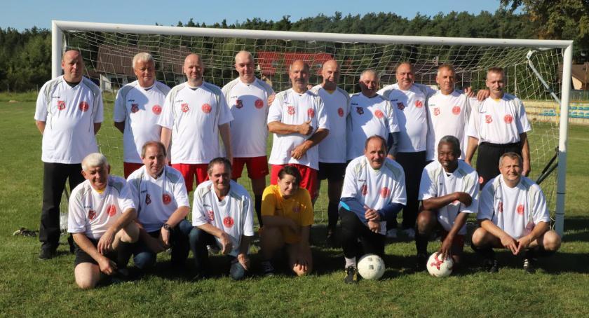 Piłka nożna, Oldboje Jedność Zakrzewo kontra Motor Eggesin - zdjęcie, fotografia