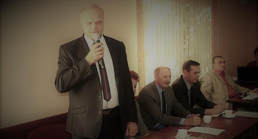Samorządowcy, Starosto pięknie dziękujemy! Radni Jastrowia wyślą laurkę - zdjęcie, fotografia
