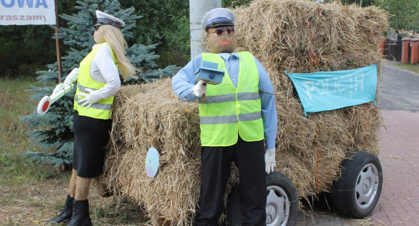 Ludzie i ich pasje, Policjanci Lędyczka Teleexpressie - zdjęcie, fotografia