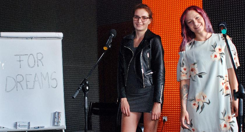 Agnieszka i Sonia szukają chętnych, którzy zasilą zespół For Dreams. Poszukiwani są głównie instrumentaliści
