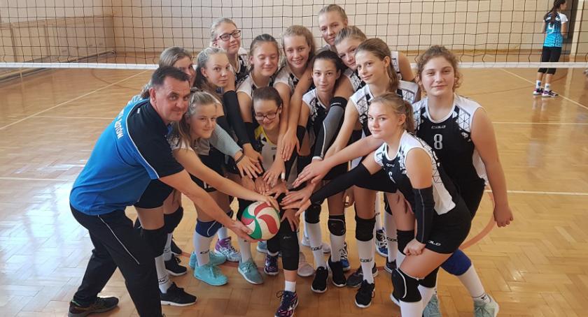 Siatkówka, Młodziczki Sparty Złotów rozegrały dzisiaj mecze - zdjęcie, fotografia