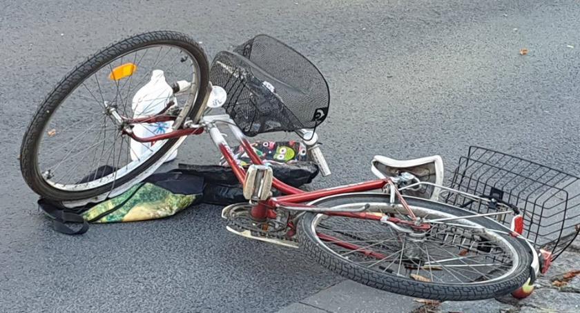 Wypadki drogowe, Potrącenie pasach Bohaterów Westerplatte Złotowie - zdjęcie, fotografia