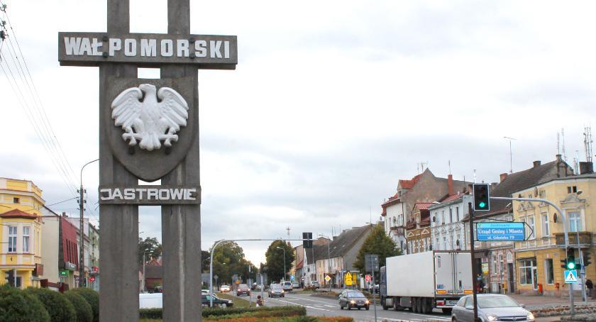 Komunistyczne, czy nie? Co Państwo sądzą o pomnikach znaczących szlak walk o Wał Pomorski?