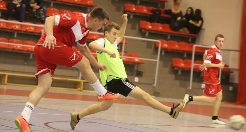 Piłka nożna, Złotowska Futsalu inauguracja - zdjęcie, fotografia