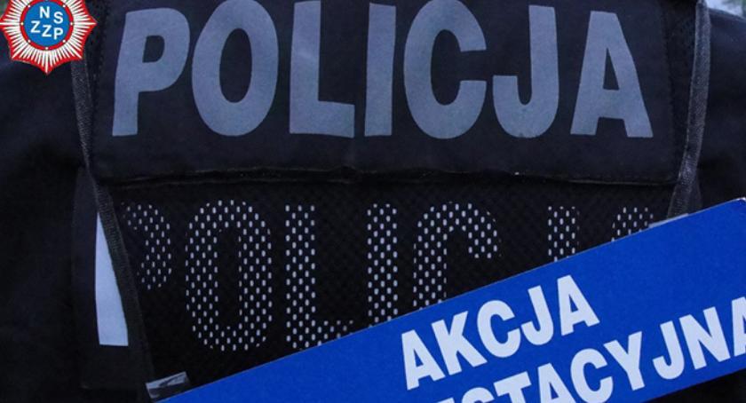 Policja - komunikaty i akcje, Koniec strajku policjantów - zdjęcie, fotografia