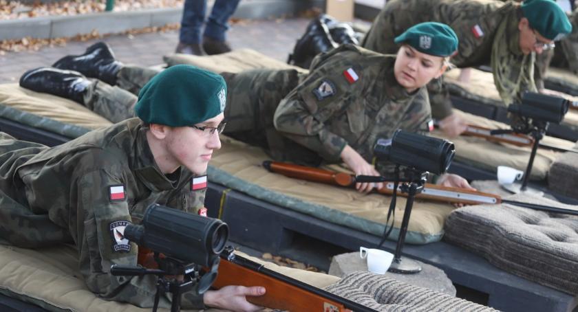 Konkursy i zawody, Turniej Strzelecki okazji Święta Niepodległości - zdjęcie, fotografia