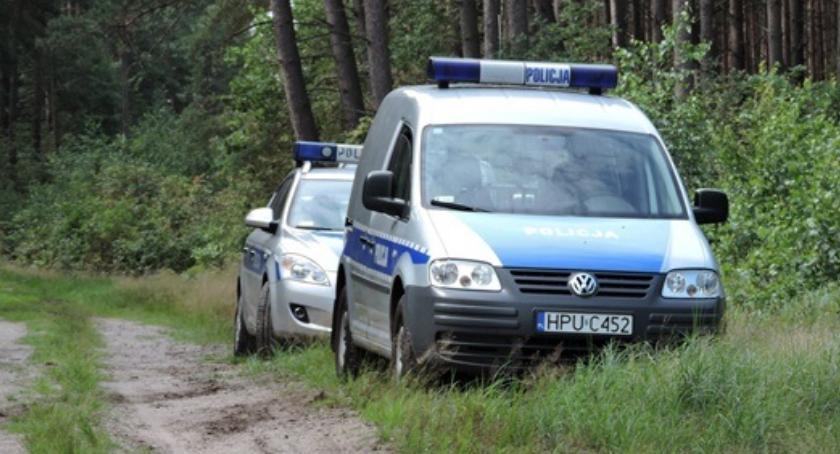 Policja - komunikaty i akcje, Zagubiona lesie - zdjęcie, fotografia