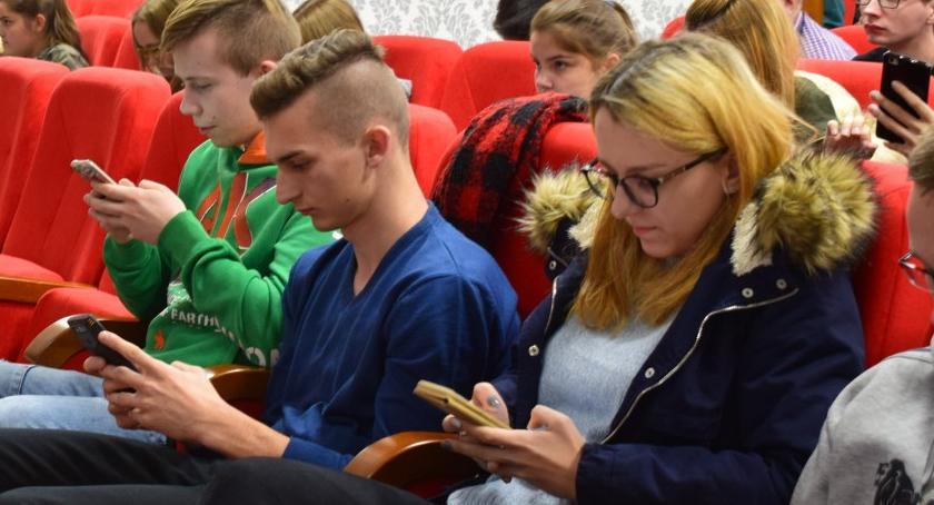 Edukacja, Multimedialny konkurs historyczny CKZiU - zdjęcie, fotografia
