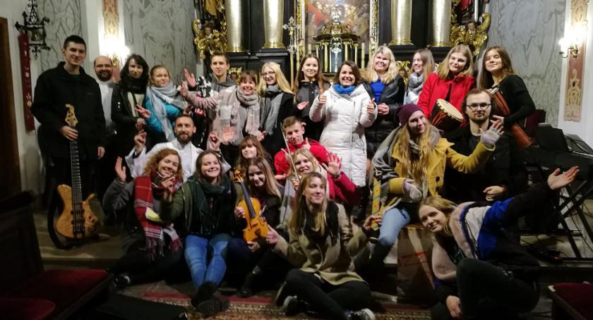 Kościół, Jednym głosem warsztaty muzyczno liturgiczne młodzieży - zdjęcie, fotografia