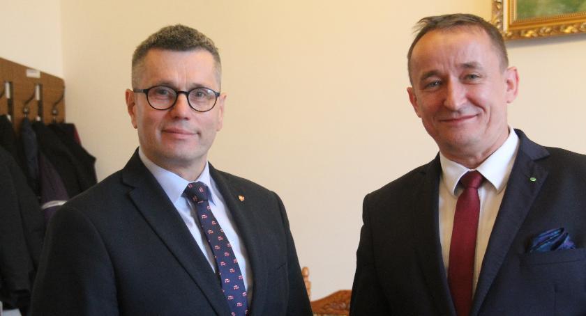 W kadencji 2018-2023 Henryk Szopiński nie będzie jedynym reprezentantem Złotowszczyny we władzach województwa. Mandat radnego sejmiku zdobył także Jarosław Maciejewski, który będzie jednym z trzech wiceprzewodniczących sejmiku