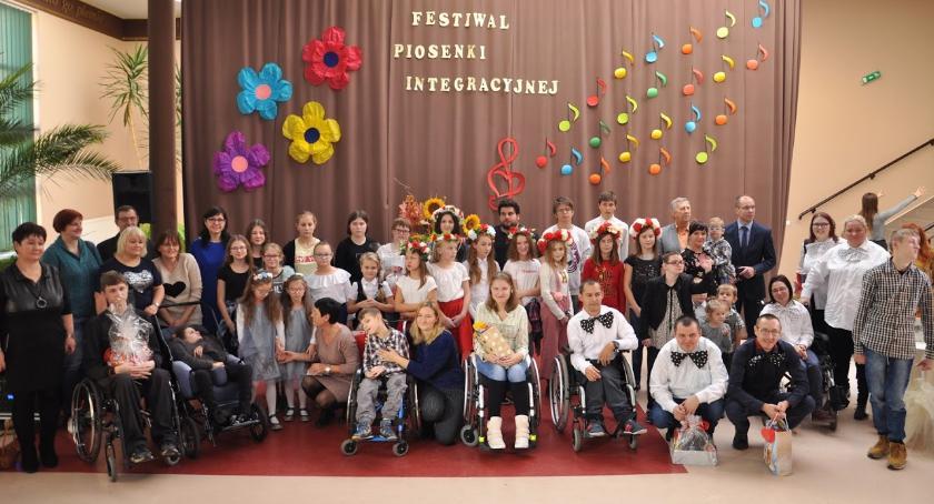 Konkursy i zawody, Powiatowy Festiwal Piosenki Integracyjnej Radawnicy - zdjęcie, fotografia