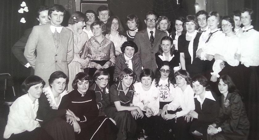 Tak podczas studniówki bawili się abiturienci w 1979 roku. Podczas majowego zjazdu jest przewidziany bal absolwentów