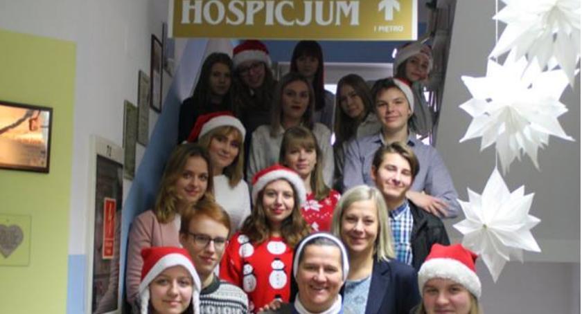 Charytatywnie, Odwiedziny hospicjum - zdjęcie, fotografia