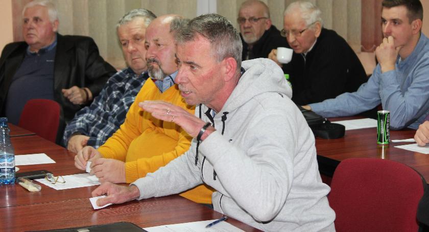 Ryszard Ludewicz w Polonii działa od 1974 roku. Nic dziwnego, że chciałby, aby jego głos był brany pod uwagę