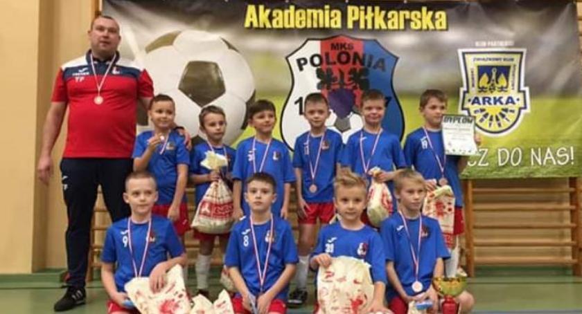 Piłka nożna, będzie szkolić Twoje dziecko Grafik Polonii Jastrowie - zdjęcie, fotografia