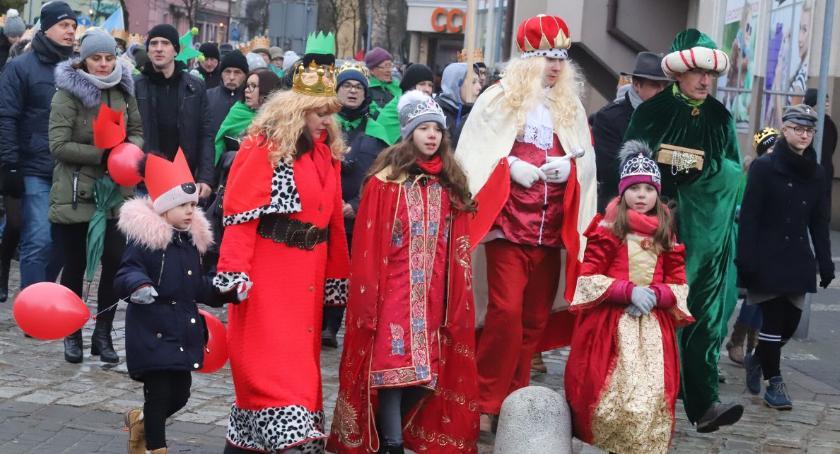Uroczystości obchody, Orszak Trzech Króli Złotowie - zdjęcie, fotografia