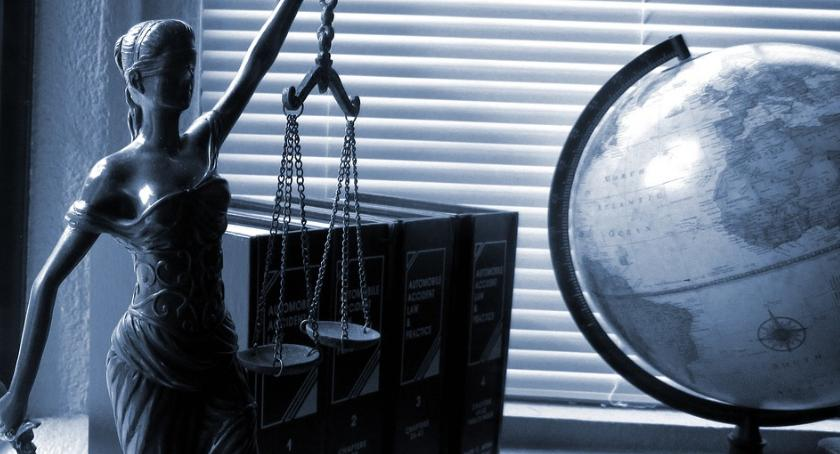Komunikaty, Skorzystaj prawnika Jastrowiu darmo - zdjęcie, fotografia
