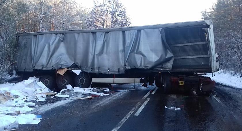 Wypadki drogowe, Blokada [Aktualizacja] - zdjęcie, fotografia