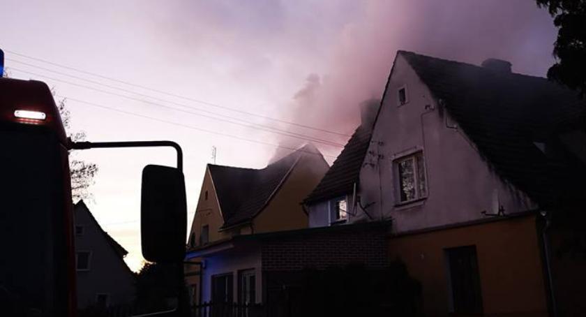 Straż pożarna, Pożar przewodu kominowego Jastrowiu - zdjęcie, fotografia