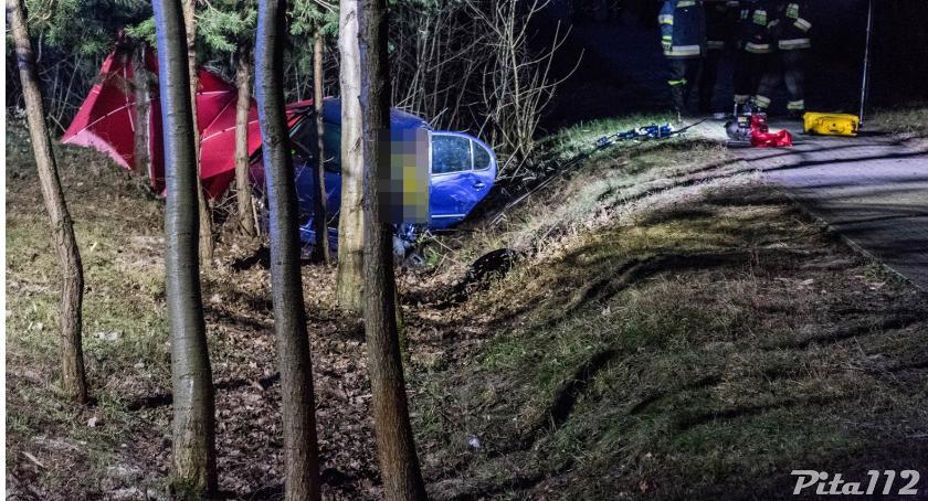 Wypadek na trasie Łobżenica- Liszkowo. Nie żyje 30-latek