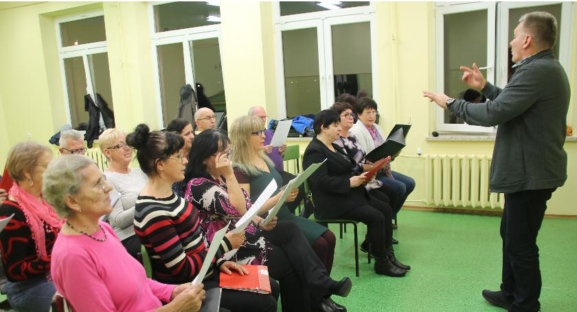Próby chóry odbywają się w pomieszczeniach Złotowskiego Centrum Aktywności Społecznej