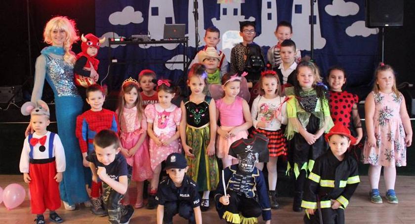 Spotkania i festyny, karnawałowy przedszkolaków - zdjęcie, fotografia