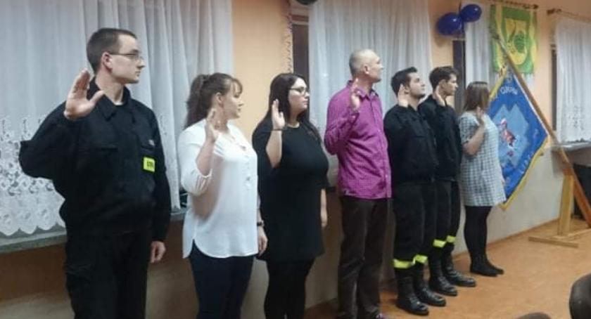 Straż pożarna, Siedmiu nowych członków Lipka - zdjęcie, fotografia