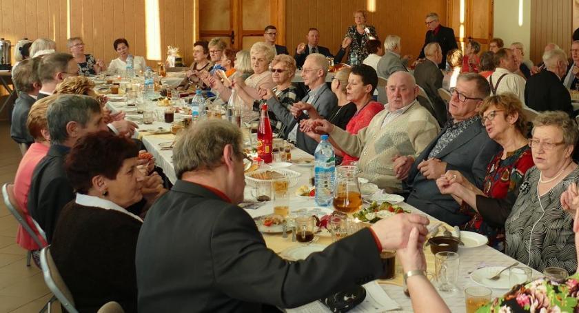 Seniorzy, Dzień Babci Dziadka Emerytów Rencistów Lipce - zdjęcie, fotografia