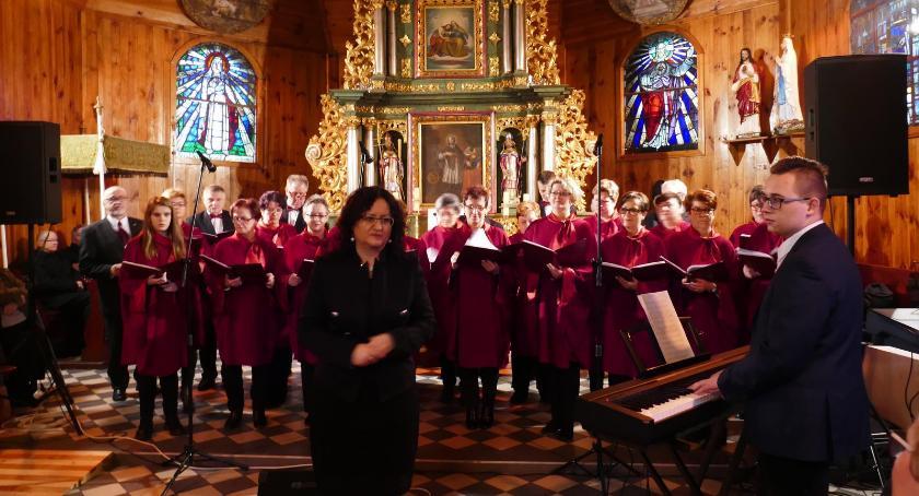 Koncerty muzyka, Przegląd Kolęd Pastorałek Wielkim Buczku - zdjęcie, fotografia