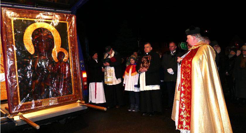 Kościół, Peregrynacja obrazu Matki Bożej Starej Wiśniewce - zdjęcie, fotografia