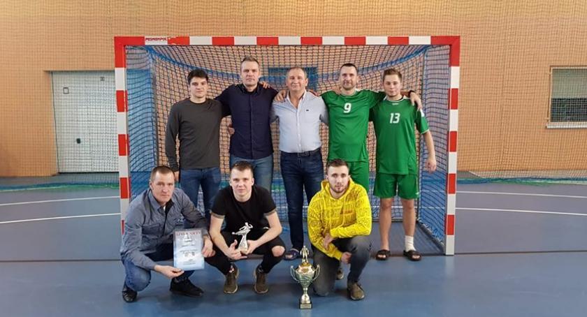 Piłka nożna, Złotowscy sędziowie najlepsi - zdjęcie, fotografia