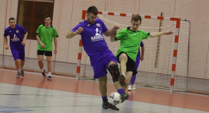 Piłka nożna, Złotowska Futsalu ostatnie mecze grupowej - zdjęcie, fotografia