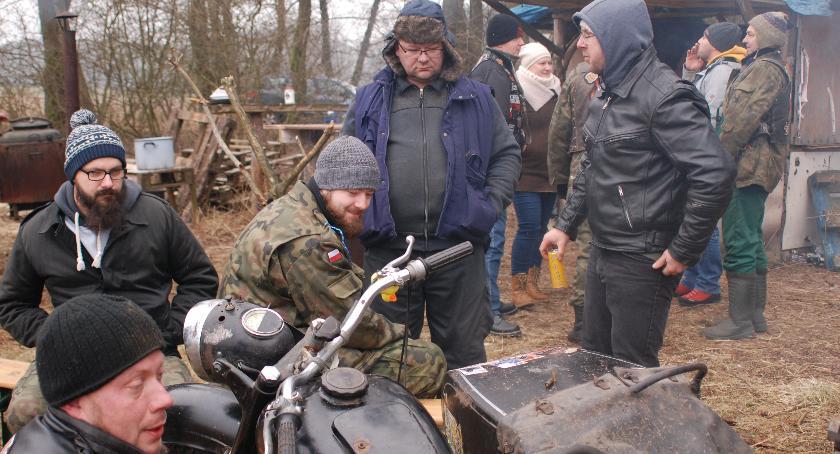 Motoryzacja, Zimą motocyklu dlaczego - zdjęcie, fotografia