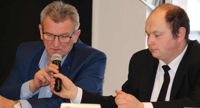 Administracja, Gmina Okonek dopłaci wymiany pieca - zdjęcie, fotografia