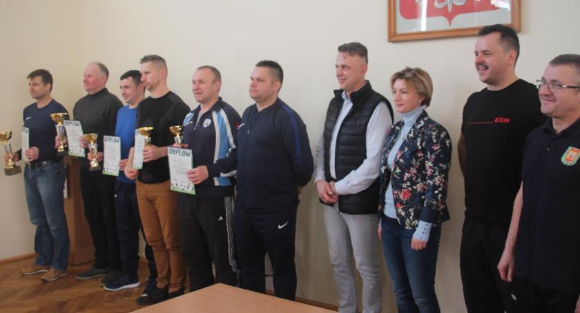 Piłka nożna, Oldboje walczyli puchar prezesa Tarnovii - zdjęcie, fotografia