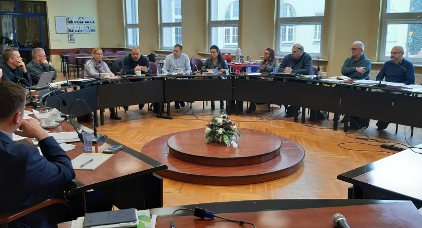 Samorządowcy, złotowskim ratuszu dyskutowali powstaniem Złotowskiego Kultury - zdjęcie, fotografia