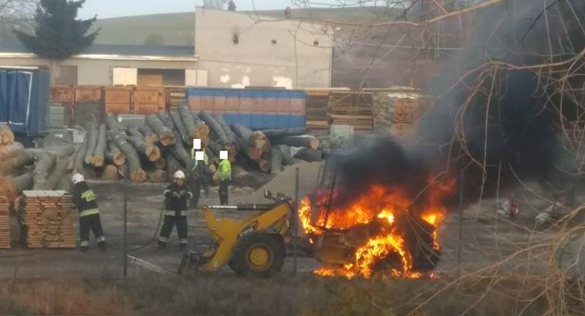 Straż pożarna, Pożar ładowarki Jastrowiu - zdjęcie, fotografia
