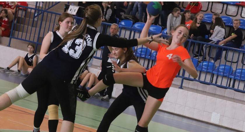 Pozostałe, Turniej Piłki Ręcznej Szkole Podstawowej Marii Konopnickiej Świętej - zdjęcie, fotografia