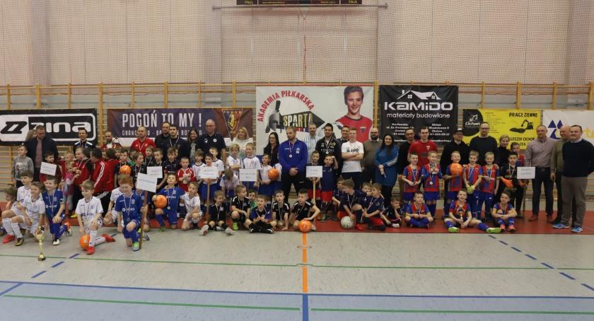 Piłka nożna, Turnieje Sparta Winter Poznań pierwszy Sparta trzecia - zdjęcie, fotografia