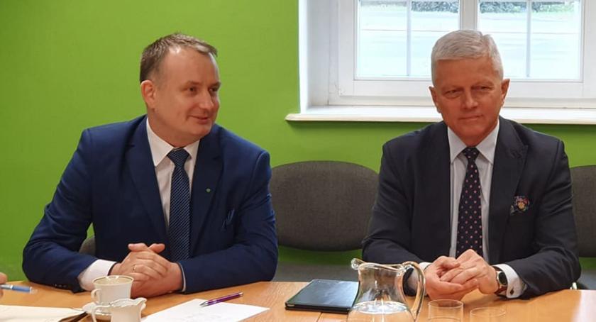 Samorządowcy, Europoseł Andrzej Grzyb wizytą Złotowie - zdjęcie, fotografia
