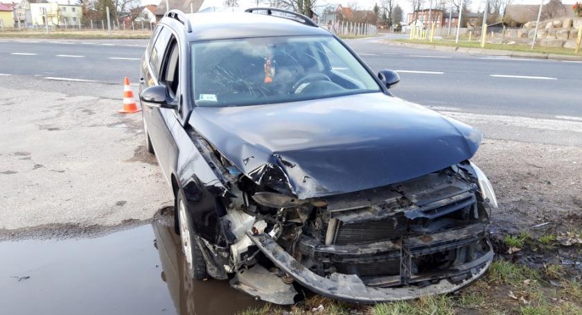 Wypadki drogowe, Wymusił pierwszeństwo - zdjęcie, fotografia