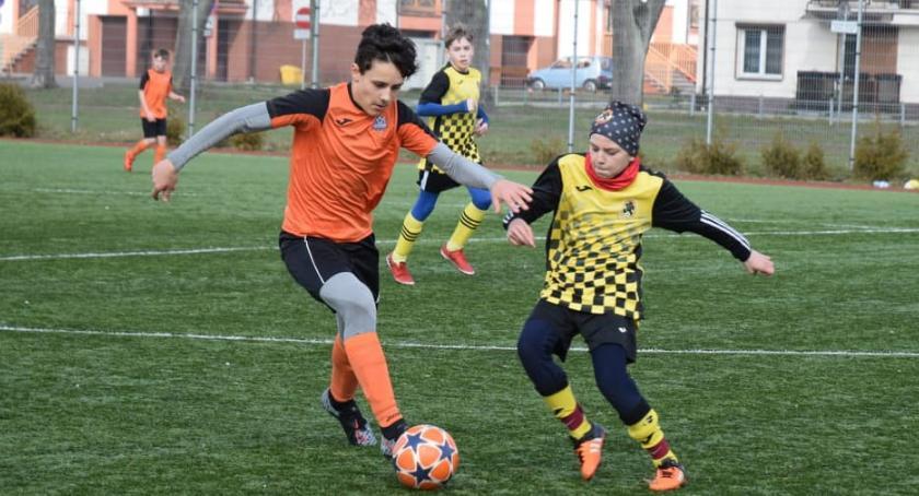 Piłka nożna, Kolejny sparing Młodzików Football Academy Złotów - zdjęcie, fotografia