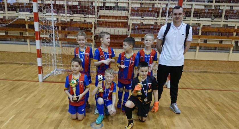 Piłka nożna, Młodzi Spartanie turnieju Błękitni Stargardzie - zdjęcie, fotografia
