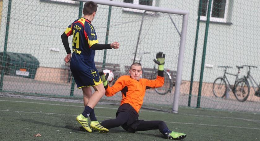 Piłka nożna, Mistrzostwa Powiatu Złotowskiego Piłce Nożnej Chłopców Szkół Ponadgimnazjalnych - zdjęcie, fotografia